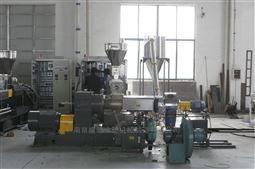 SHJS65/150 双阶式混炼挤出机组