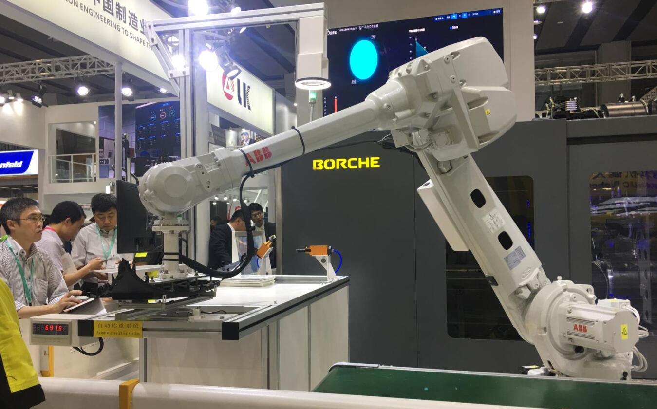 工業機器人與數控機床融合應用